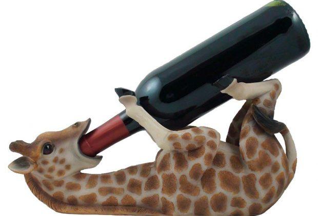 drinking-giraffe-wine-bottle-holder-16