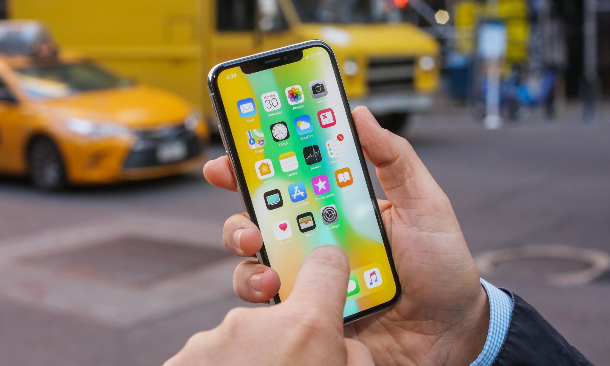 Is It Worthwhile To Look For And Buy A Refurbished iPhone?