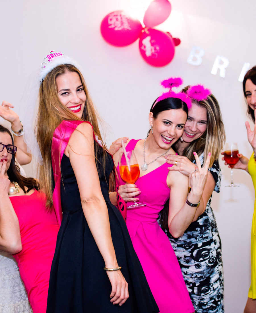 What Are The Perfect Ideas For A Cheerful Hen's Party